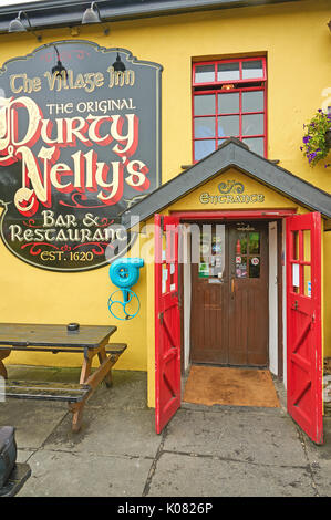 Durty Nellys bar at Bunratty in County Clare, Ireland - Stock Image