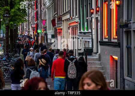 Amsterdam, Netherlands, red light district in the old town, bars, brothels, sex shows, erotic shops, at Oudezijds Achterburgwal, - Stock Image