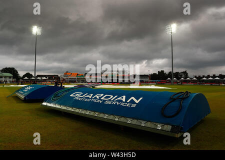 19th July 2019, Fischer County Ground, Vitality Blast T20 Cricket match, Leicestershire versus Lancashire Lightning; The covers return to the pitch following more rain before the start of the match - Stock Image