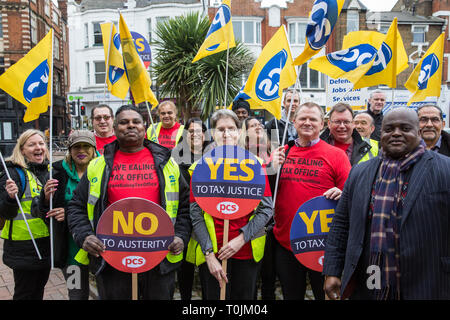London, UK. 20th March, 2019. Members of the Revenue and Customs branch of the Public and Commercial Services Union (PCS), who have voted overwhelmingly to strike and for an overtime ban in opposition to plans by Her Majesty's Revenue and Customs (HMRC) to close its office in Ealing. If closed, over 200 staff working at the office would face redundancy or being forced to relocate across London to an office in Stratford. Credit: Mark Kerrison/Alamy Live News - Stock Image