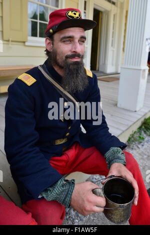 Old Bethpage, New York, USA. 30th August, 2015. ANDREW PREBLE from Long Beach portrays an American Civil War soldier - Stock Image