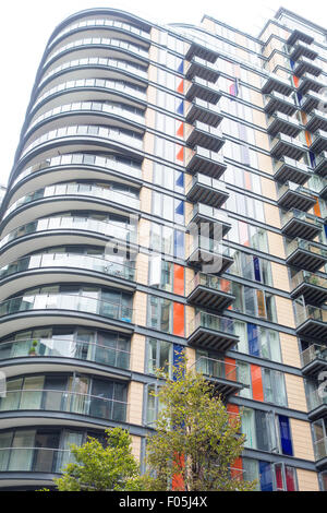 Ability Place, a modern apartment serviced by Skyline Worldwide on Millharbour Road, in South Quay, near Canary - Stock Image
