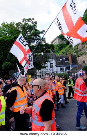 Nottingham, UK. 06th Aug, 2016. English Defence League March passes Ye Olde Trip to Jerusalem pub and Nottingham - Stock Image