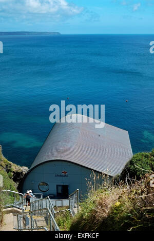 Lizard Lifeboat Station, Cornwall, UK from South West Coastal Path - Stock Image