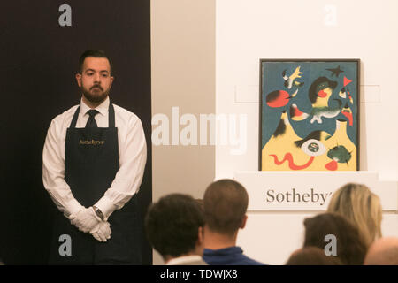 London UK. 19th June 2019. 'Peinture (L'Air) ' by Joan Miró, oil on canvas, estimate £10,000,000 m sold at hammer for £10,400,000m at the Impressionist & Modern Art Evening Auction  at Sotheby's London Credit: amer ghazzal/Alamy Live News - Stock Image