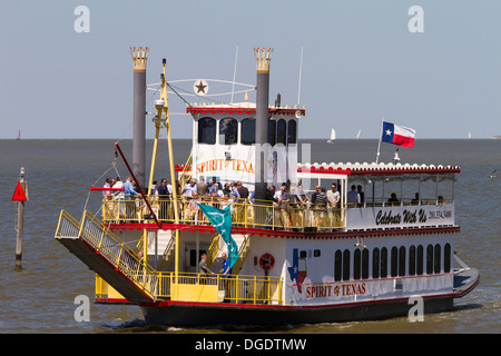 Sprit of Texas Paddlewheeler at Kemah boardwalk Texas - Stock Image