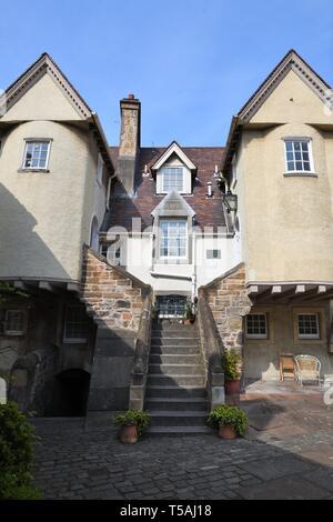 The White Horse Inn Close at the Canongate, Edinburgh, Scotland, UK, Europe - Stock Image