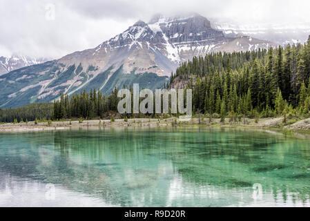 Lake in Banff National Park. - Stock Image