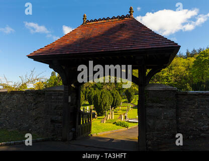 The traditional lych-gate leading to the churchyard of Hillsborough Parish Church, County Down, Ulster, Northern Ireland - Stock Image
