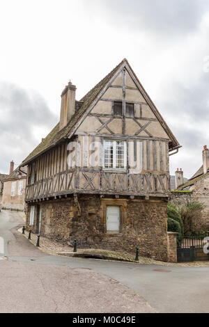 Half-timbered house in the historic old town of Autun, Saone-et-Loire, Bourgogne, France - Stock Image