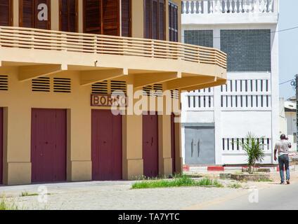 Maison Akil Borro old french colonial building, Sud-Comoé, Grand-Bassam, Ivory Coast - Stock Image