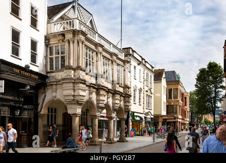 UK, England, Devon, Exeter, High Street, Guildhall, 1596 granite portico and Beer stone exterior - Stock Image