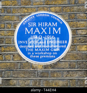 A blue plaque on the former workshop of Sir Hiram Maxim in Hatton Garden, London. - Stock Image