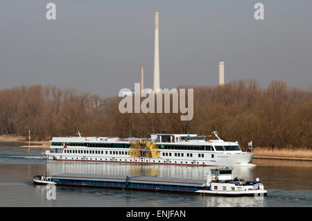 De Zonnebloem Rhine cruiser, Cologne, Germany. - Stock Image