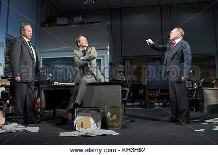 Glengarry Glen Ross by David Mamet, directed by Sam Yates. With Stanley Townsend as Shelly Levene, Christian Slater - Stock Image