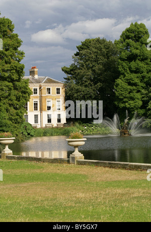 The Museum and Art Gallery at the Royal Botanic Gardens, Kew, London - Stock Image