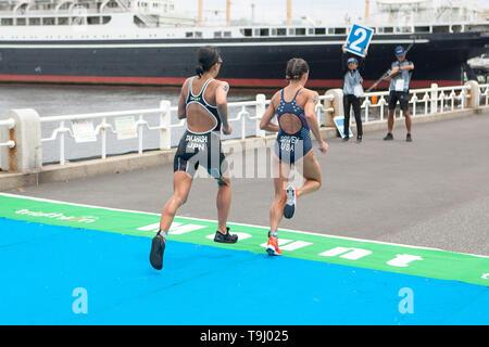 Yokohama, Japan. 18th May, 2019. 2019 ITU World Triathlon, World Paratriathlon Yokohama at Yamashita Park and Minato Mirai, Yokohama. Kishimoto, Corbridge (Photos by Michael Steinebach/AFLO) Credit: Aflo Co. Ltd./Alamy Live News - Stock Image