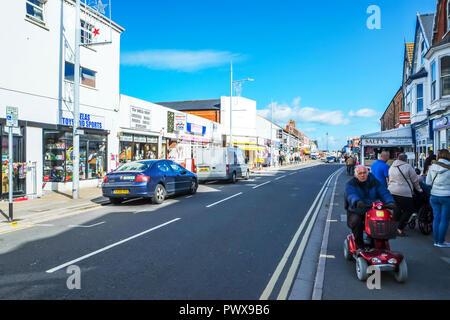 Mablethorpe, Lincolnshire, UK, Mablethorpe High Street Lincolnshire UK, Mablethorpe Town, Mablethorpe shops, Mablethorpe street, road, street, shops, - Stock Image
