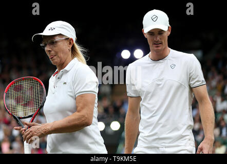 Jamie Murray and Martina Navratilova on No.1 court at The All England Lawn Tennis Club, London. - Stock Image
