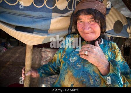 Portrait of Qashqai woman,  nomad people, Iran - Stock Image