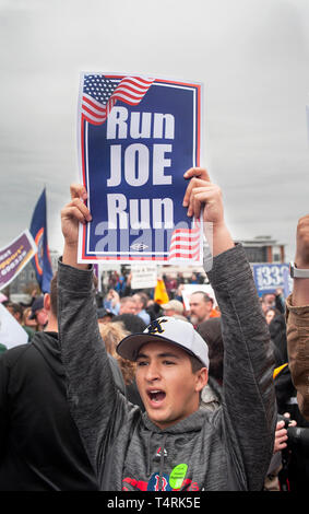 Dorchester, Massachusetts, USA. 18th April, 2019. Former U.S. vice president and possible 2020 Democratic presidential candidate, Joe Biden, spoke to over 1,000 striking grocery store workers.  Photo shows a self-proclaimed Biden fan in the crowd during speech. Credit: Chuck Nacke/Alamy Live News - Stock Image
