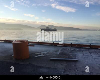 Måseskjærveien 12, Bergen, Norway. 09th Jan, 2016. EUweather: Supply boat on the city fjord after being - Stock Image