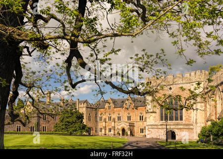 Bishop's Palace, Wells, Somerset, England, UK - Stock Image