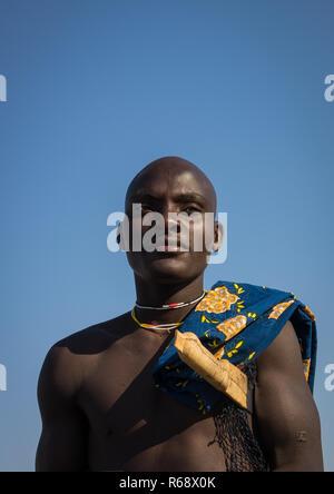 Portrait of a Mucubal tribe man, Namibe Province, Virei, Angola - Stock Image