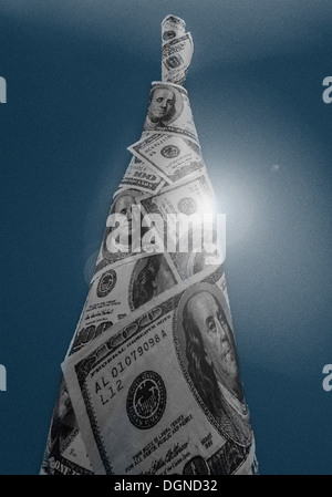 tower of $100 currency - Stock Image
