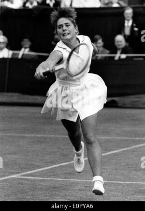 Jun 25, 1957; London, UK; Miss M. ARNOLD of the United States, who is the American Junior Champion, in play during her match with British Miss P.M. Burrell at Wimbledon this afternoon. - Stock Image