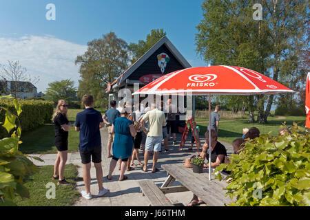 The popular Mikkelborg Icrecream stall on the coast north of Copenhagen in popular North Sealand in early summer. - Stock Image