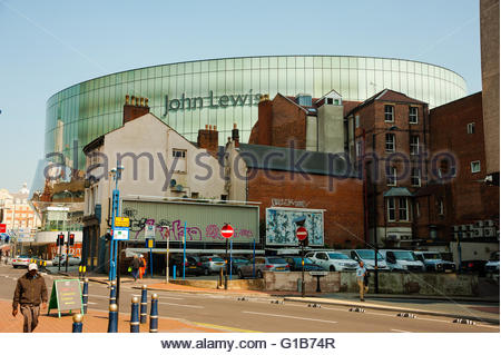 Birmingham, England, UK. 12th May 2016. UK Weather, Sunshine in Birmingham, the new John Lewis, Part of New Street - Stock Image