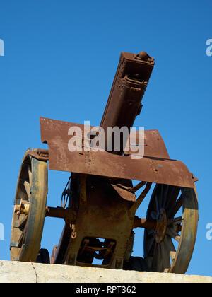 Schneider cannon in la Batería Park. Torremolinos, Málaga, Spain. - Stock Image
