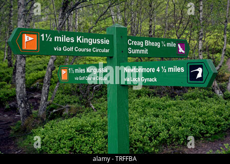 Signpost on one of the many walking trails around Kingussie in the Cairngorms National Park, Scotland, UK. - Stock Image