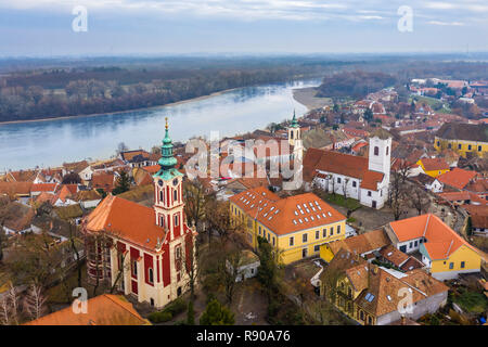 Szentendre, Hungary - Aerial skyline view of Szentendre, the small and lovely riverside town in Pest County at winter time - Stock Image