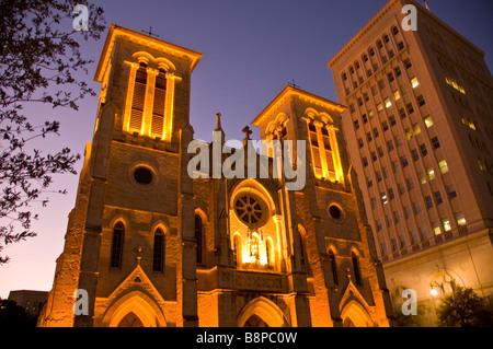 San Fernando Cathedral at night San Antonio Texas oldest active US cathedral historic building landmark tourist - Stock Image