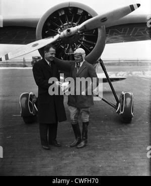 James Mattern, noted aviator and Miss Winifred Hatzfeld of Rye, NY, 1934 - Stock Image
