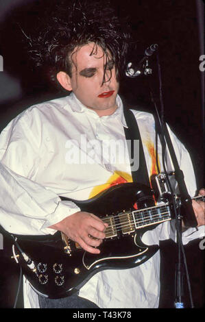 THE CURE UK rock group with Robert Smith in 1987. Photo: Jeffrey Mayer - Stock Image