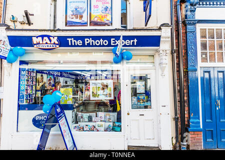 Max Spielmann,  max spielmann Shop, Max Spielmann store, Photo shop, Photo processing, Max Spielmann high street store, Max Spielmanns, UK, shop, sign - Stock Image