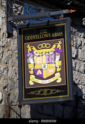 Inn sign. The Oddfellows Arms. Burneside Road, Kendal, Cumbria, England, United Kingdom, Europe. - Stock Image