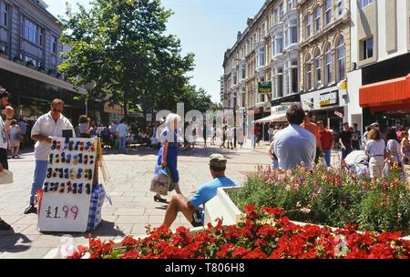 Queens Street, Cardiff, Wales. Cymru. Circa 1980's - Stock Image