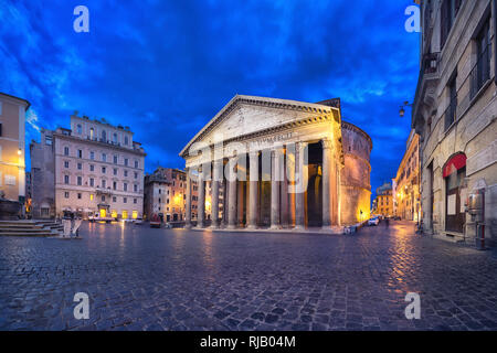 Rome, Italy. Wide angle view of Pantheon at dusk with HDR-effect - Stock Image