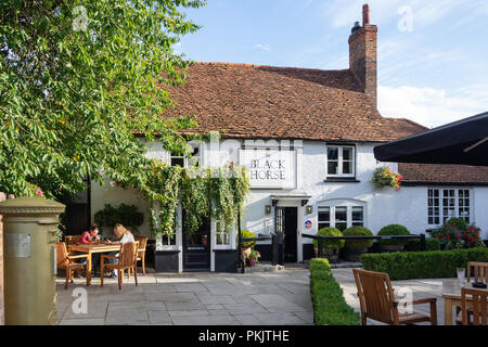 17th century The Black Horse Pub, Windmill Road, Fulmer, Buckinghamshire, England, United Kingdom - Stock Image