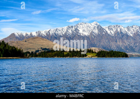 View from the TSS Earnslaw Steamer on Lake Wakatipu - Stock Image
