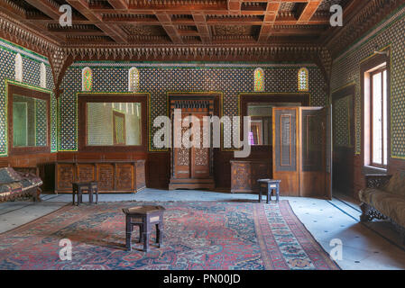 Manial Palace of Prince Mohammed Ali. Moroccan hall at the ceremonies building with blue Turkish floral pattern ceramic tiles - Stock Image