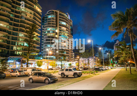 The beachfront park (Queen Elizabeth Park) at Tweed Heads-Coolangatta at night. Sometimes paired as 'Twin Towns,' - Stock Image