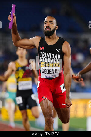 YOKOHAMA, JAPAN - MAY 12: Machel Cedenio of Trinidad and Tobago crosses the finish line in the mens 4x400m final during Day 2 of the 2019 IAAF World Relay Championships at the Nissan Stadium on Sunday May 12, 2019 in Yokohama, Japan. (Photo by Roger Sedres for the IAAF) - Stock Image