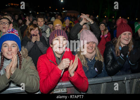 Aberdeen, UK. 8th Dec 2018. Sleep in the Park . The crowd watch  KT Tunstall perform her first gig of the night before moving on to, Dundee, Glasgow and Edinburgh. Credit Paul Glendell Credit: Paul Glendell/Alamy Live News - Stock Image