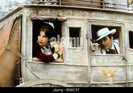 STAGECOACH, STEFANIE POWERS , MIKE CONNORS, 1966 - Stock Image