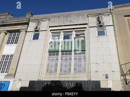 The Nags Head Hotel, now Vision Value, Sepulchre Gate, Frenchgate shopping centre, Doncaster, South Yorkshire, England, UK - Stock Image